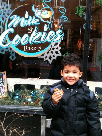Foods of New York Tours: Enjoying a cookie at Milk and Cookies!