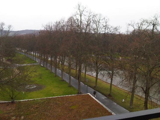 Dorint Parkhotel Bad Neuenahr: Blick zum Fluss