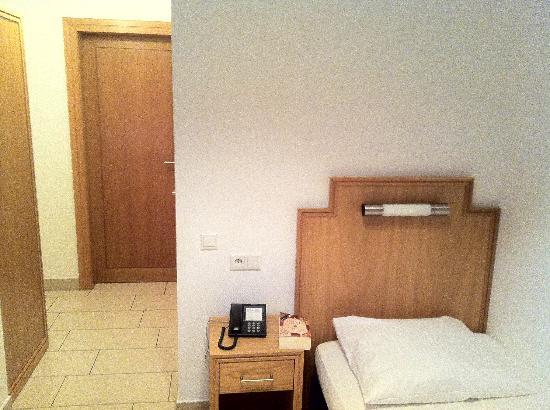 Hotel Conti: Einzelzimmer