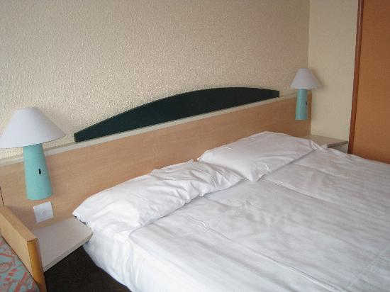 Ibis Plymouth: the bed