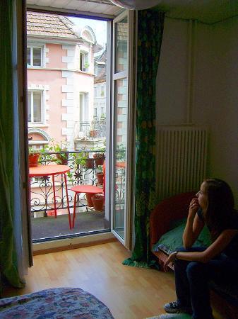 Dakini's Bed & Breakfast : Der süße Balkon des grünen Zimmers