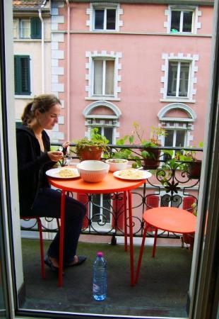 Dakini's Bed & Breakfast : Frühstück auf dem Balkon