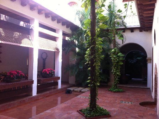 Hotel Quadrifolio : Hotel's courtyard