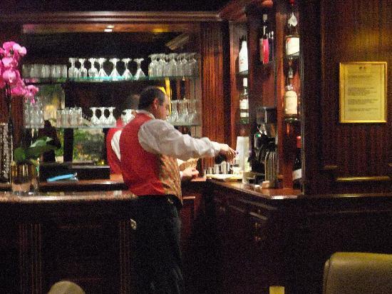 Hotel Mayfair Paris: wonderful bar to sip a martini!