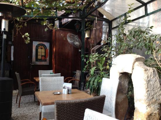 Jerusalem Hotel: hotel restaurant