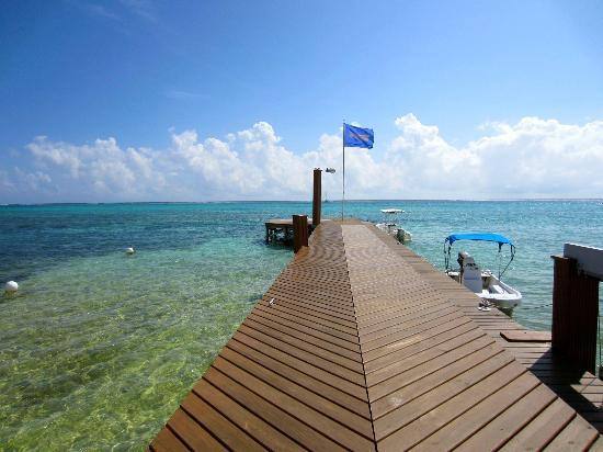Grand Caribe Belize Resort and Condominiums : The dock @ Grand Caribe