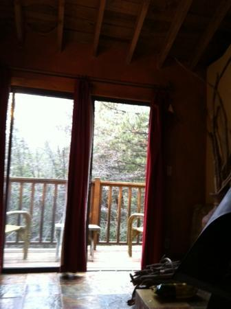 Idyllwild Bunkhouse: Front Deck looking Out