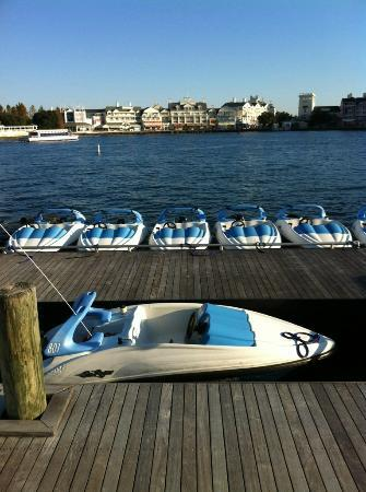 Disney's Beach Club Villas: Small watercraft to rent
