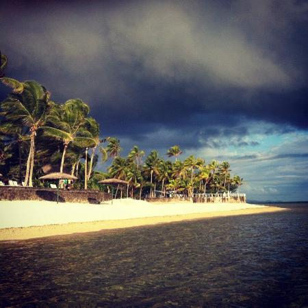Outrigger Fiji Beach Resort: View from the beach