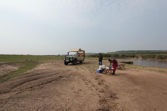 Naibor Camp: Bush Breakfast