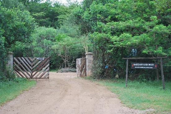 Basecamp Masai Mara: Entrance