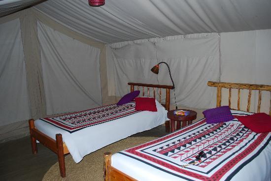 Basecamp Masai Mara: Beds in tent