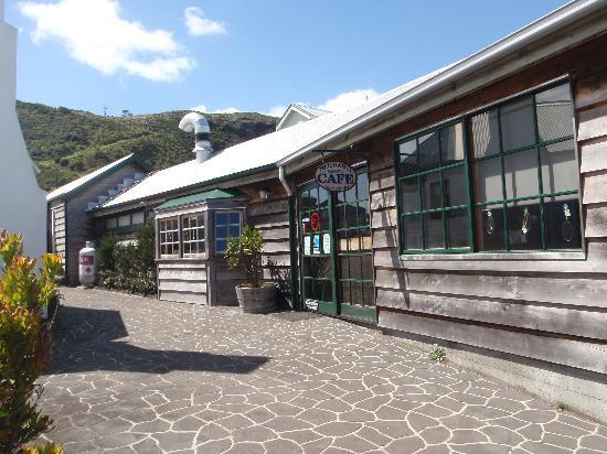 Touchwood Cottages : Touchwood café
