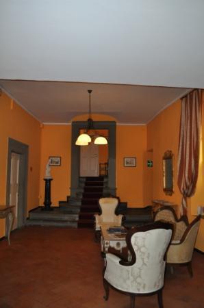 Hotel Restaurant La Scaletta: un des paliers qui mène aux chambres