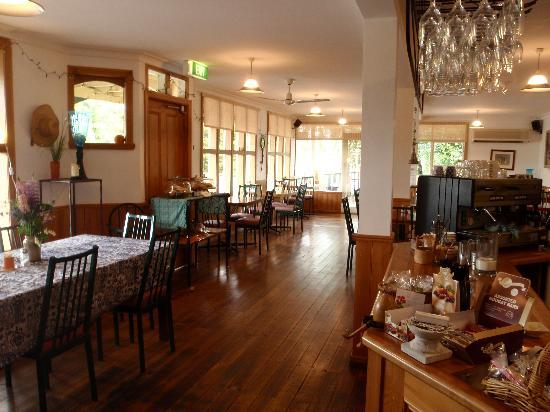 Mole Creek Guesthouse: dining room