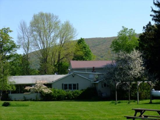 Cold Spring Lodge: Main Lodge
