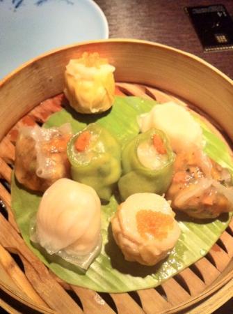 Hakkasan: hakka steamed dim sum platter (yum!)