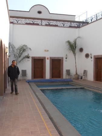 Hotel Acueducto: La piscine