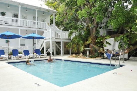 Casa 325: pool area