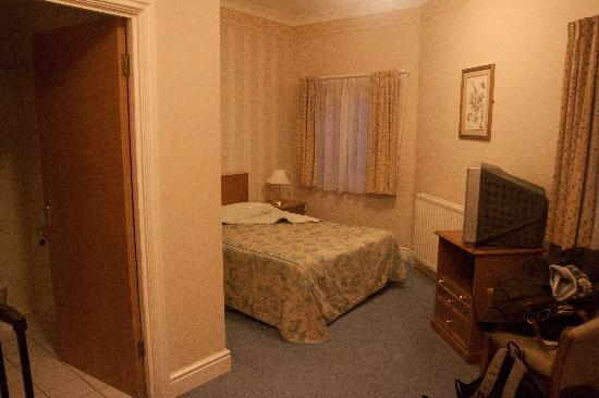 Windsor Hotel - Whitley Bay: bedroom