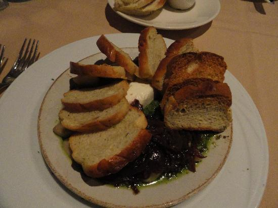 Iris Food and Spirits : goat cheese salad to die for