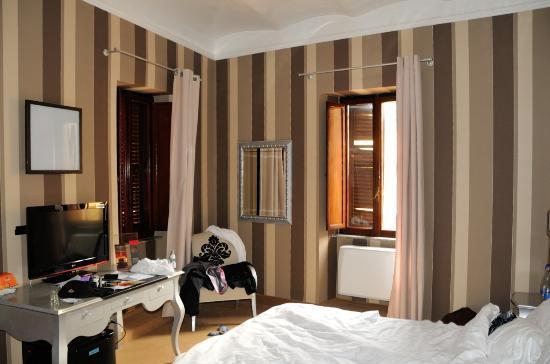 Royal Palace Luxury: Room