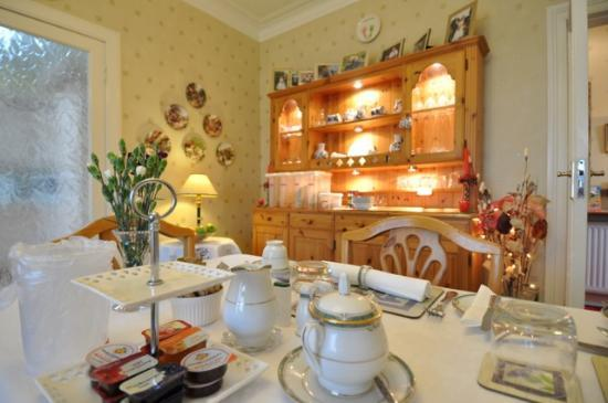 Thistle Dhu Bed & Breakfast: Dining Room