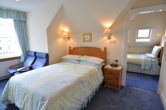 Thistle Dhu Bed & Breakfast: Family Room