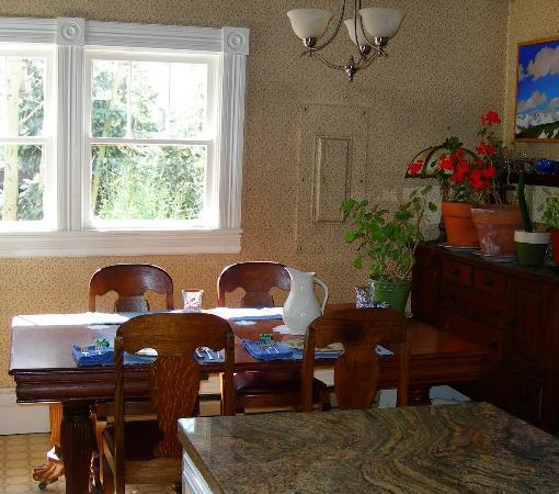 The Animas B&B at the Wingate House: Dining Area