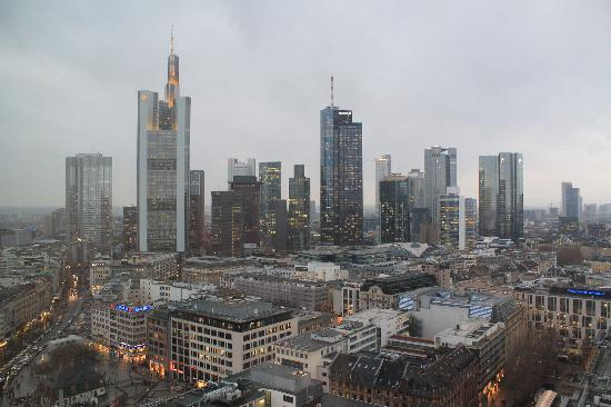 Jumeirah Frankfurt: Ausblick vom Zimmer