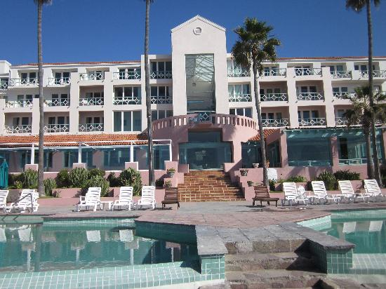 Las Rosas Hotel & Spa: View of Hotel and Pool Area