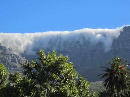 The view of Table Mountain from The Three Boutique Hotel
