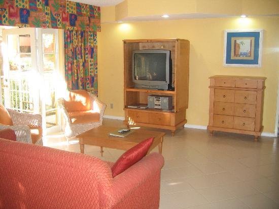 Wyndham Sea Gardens: Living room