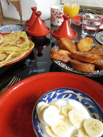 P'tit Habibi: breakfast