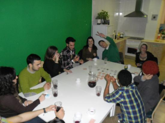 The Living Roof Hostel Madrid : drinking games