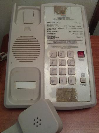 Travelodge Cordele: Would you use this phone?