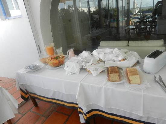 La Posta Del Cangrejo: Frugal desayuno de La Posta