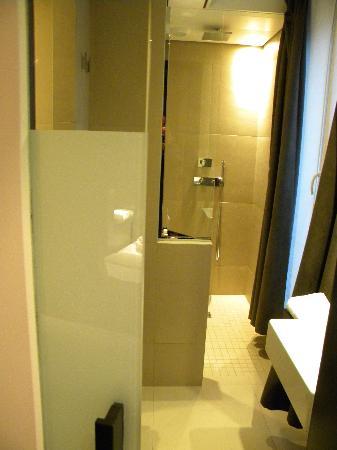 Hotel Marceau Champs Elysees: habitacion