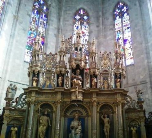Saint-Bertrand-de-Comminges, Frankrike: Ornate carvings inside the Choir area