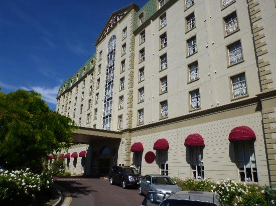 Hotel Grand Chancellor Launceston: Hotel Grand Front