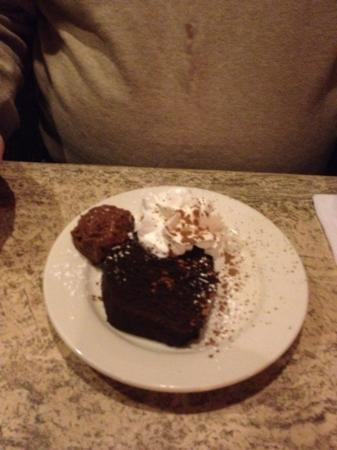 Maple Tree Inn : mississippi mud cake