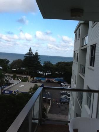 Tradewinds Holiday Apartments: view to ocean from balcony