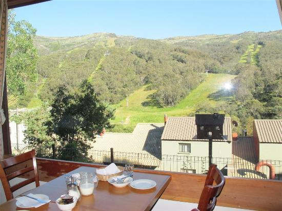 Candlelight Lodge: Breakfast with views