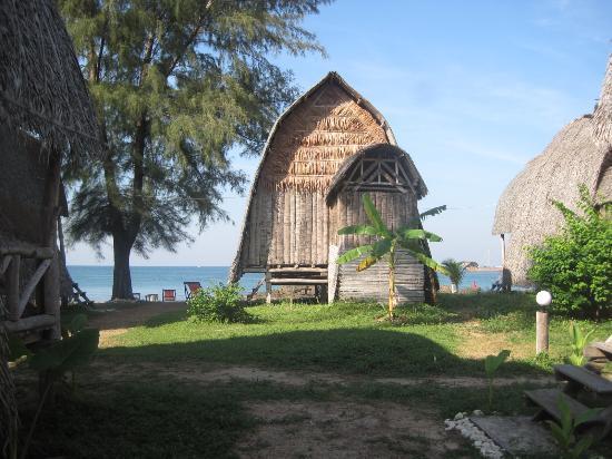 Lanta River Sand Bungalow: Blick aus der Bambushütte