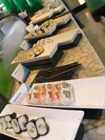 Tides at Shangri-La's Mactan Resort & Spa: japanese foods