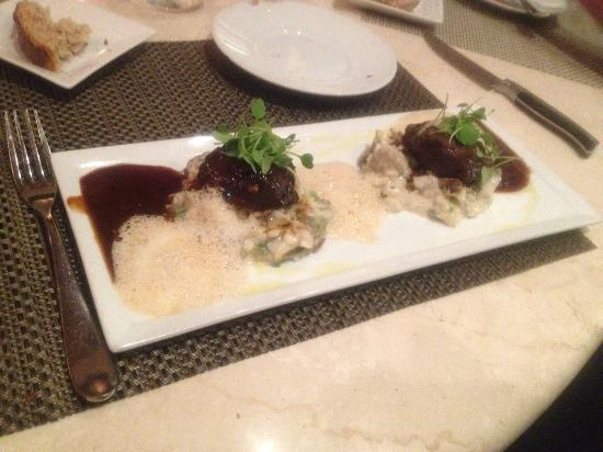 Marche Moderne: Veal Cheek