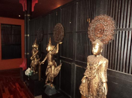 Kai Thai- Sunninghill: Entrance