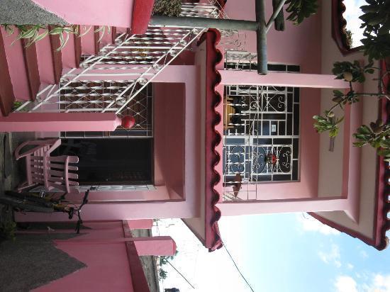Casa Particular Ridel y Claribel: Ridel's and Claribel's casa
