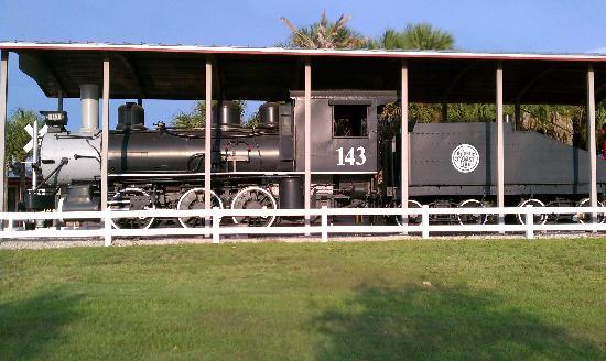 Lakes Regional Park: Steam Locomotive