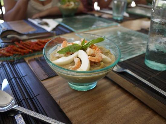 فيلا فلو: Delicious food all natural